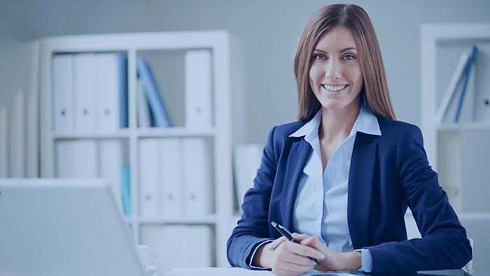 Venda de implantes dentários: o que a secretária precisa saber?